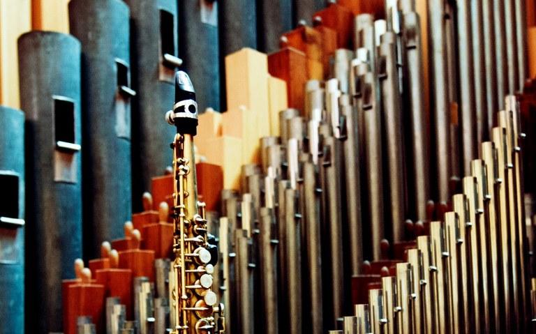 flute_by_thomasschloemann_SLIDE-e1506521464855.jpg